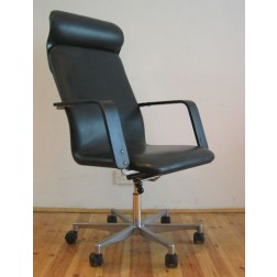 Yrjo Kukkopuro rare 455F Desk Chair for Avarte